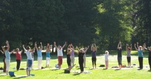 Yoga im Park 3